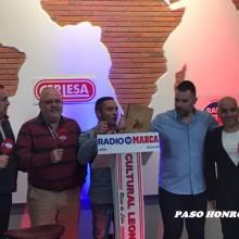 14TERTULIA PASO HONROSO